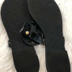 Tory Burch Shoes - 🎉Tory Burch Miller Sandals Size 7🎉